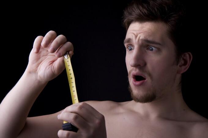 bărbat și penis atașamente realiste ale penisului